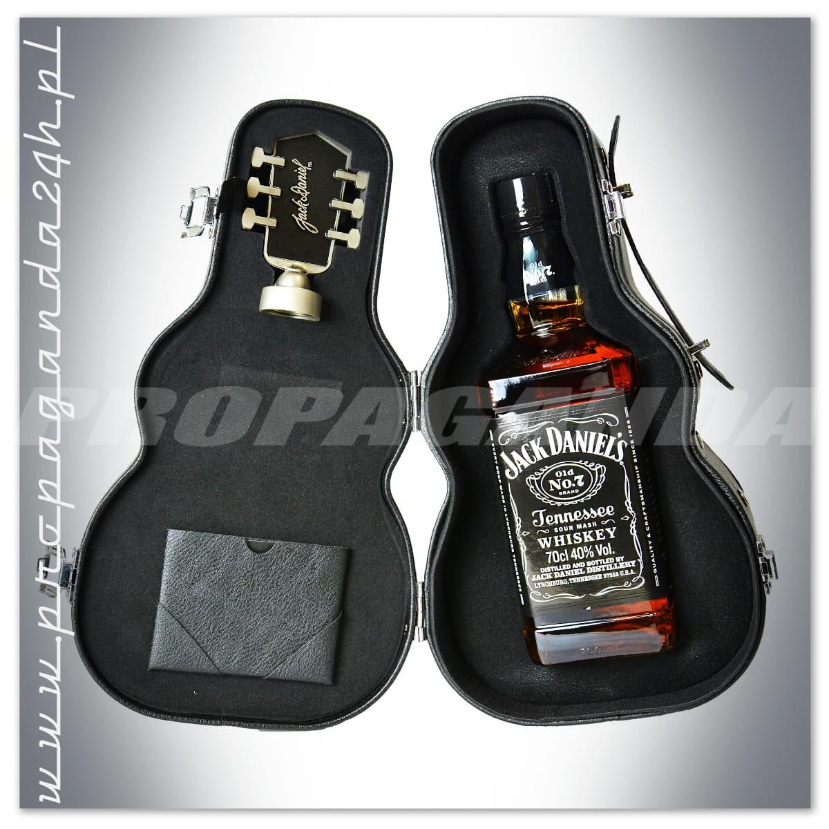 "Johny Walker Cena >> JACK DANIEL'S OLD NO.7 WHISKEY 0,7L ""GITARA""   Whiskey Jack Daniel's / WHISKY & BOURBON - Sklep ..."