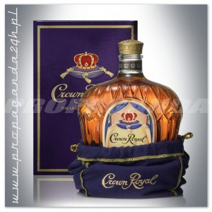 CROWN ROYAL WHISKY 0,7L + KARTONIK CANADIAN WHISKY