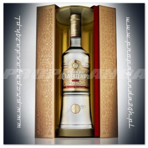 RUSSIAN STANDARD GOLD VODKA 1,0L + KARTONIK