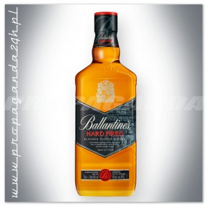 BALLANTINES HARD FIRED BLENDED WHISKY 0,7L