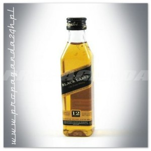 JOHNNIE WALKER BLACK LABEL WHISKY 0,05L (MINI)