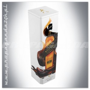 JOHNNIE WALKER BLACK LABEL WHISKY 0,7L + PUSZKA